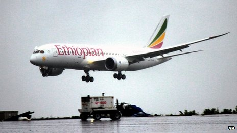 Ethiopian-Airlines-employees-were-very-proud-when-Dreamliner-touched-down.