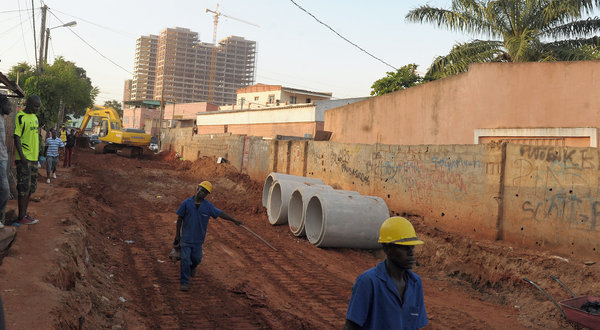 In-Luanda-Angola-construction-workers-for-the-Brazilian-company-Odebrecht-which-is-among-Angola's-largest-employers