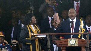 Uhuru Kenyatta sworn in as Kenyan president
