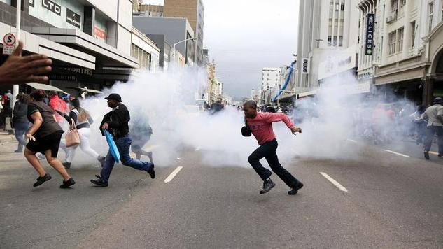African nations close ranks against South Africa after week of horror xenophobic attacks, criticism gets very loud