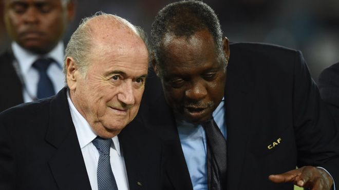 Issa Hayatou (R) has said he won't stand for Fifa presidency to replace Sepp Blatter permanently
