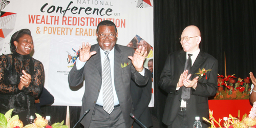 Geingob calls for abolition of study loans