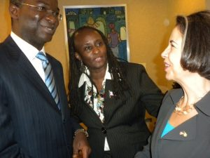 File Picture: Ambassador Robin Sanders (Middle) introduces then Governor Fashola of Lagos State, (now a Super Minister in the Buhari Government) to a visiting US Official