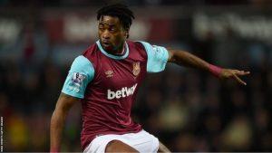 Cameroon midfielder Alex Song has joined Rubin Kazan on loan from Barcelona
