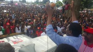 UPND presidential candidate Hakainde Hichilema addressing a crowd in Mazabuka. Credit: @HHichilema.