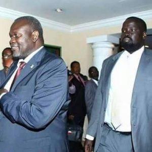 South Sudan's former FVP Riek Machar, speaking to visitors at his residence in Khartoum, on 1 September 2016 (courtesy photo of SPLM-IO)