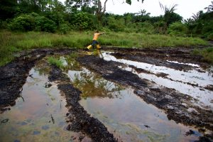 There are hundreds of oil spills each year in the Niger Delta, Nigeria. Credit: Michael Uwemedimo/cmapping.net.