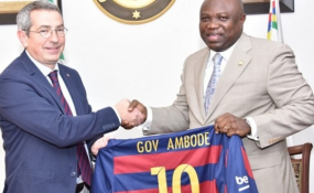 Photo: Premium Times Board Member of FC Barcelona of Spain, Pau Vilanova I Vila Abadal presenting a jersey of the club to Governor Akinwumi Ambode of Lagos.