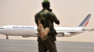 Mali warned airlines to check the documents of people being deported