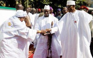 President of Gambia Yahya Jammeh (C) welcoming President of Nigeria Muhammadu Buhari (R) and President of Liberia Ellen Johnson-Sirleaf (L) for talks at the State House in Banjul, Gambia, 13 January 2017 CREDIT: EPA