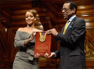 Rihanna honoured as Harvard's Humanitarian of the Year