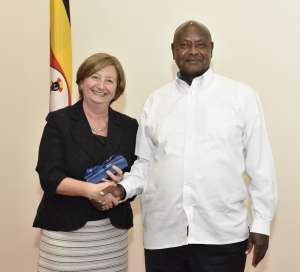 ICC President meets with President of Uganda
