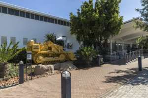 Caterpillar To Open New Parts Distribution Facility in South Africa to Enhance Customer Support