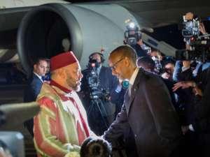 Rwanda's Paul Kagame with the King of Morocco