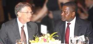 Bill Gates with Aliko Dangote