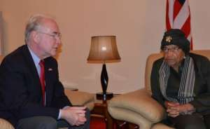 Photo: U.S. Embassy [Monrovia] U.S. Secretary of Health Dr. Thomas E. Price meets President Ellen Johnson Sirleaf at the Roberts International Airport in Monrovia.