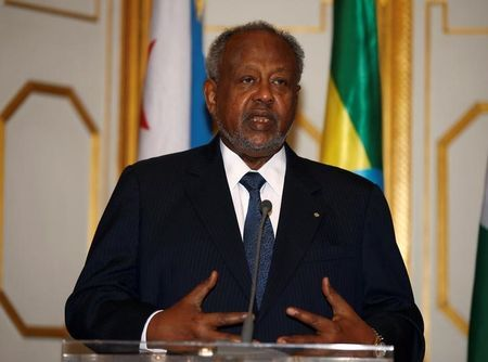 Djibouti's President Ismail Omar Guelleh addresses a news conference at the National Palace during his official visit to Addis Ababa, Ethiopia, March 17, 2017. REUTERS/Tiksa Negeri