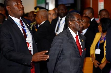 Zimbabwe's President Robert Mugabe arrives at the African Union headquarters during the opening ceremony of the 29th Ordinary Session of the Assembly of the Heads of State and the Governments, in Addis Ababa, Ethiopia July 3, 2017. REUTERS/Tiksa Negeri