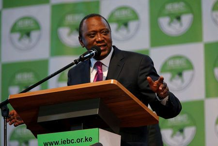 Kenyan court scraps presidential vote, Kenyatta pledges to return to polls
