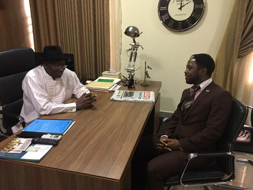 Prof Mbarika in discussion with former Nigerian President Goodluck Jonathan,the goal is to have one ICT University in each sub region of Africa ,Mbarika says