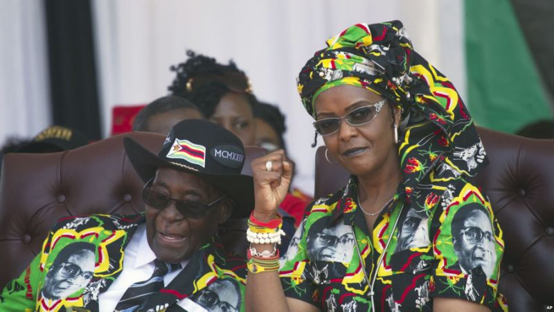Priest: Zimbabwe's First Lady Took Part in Resignation Talks