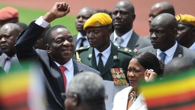 Mr Mnangagwa is sworn is as Zimbabwe's new president