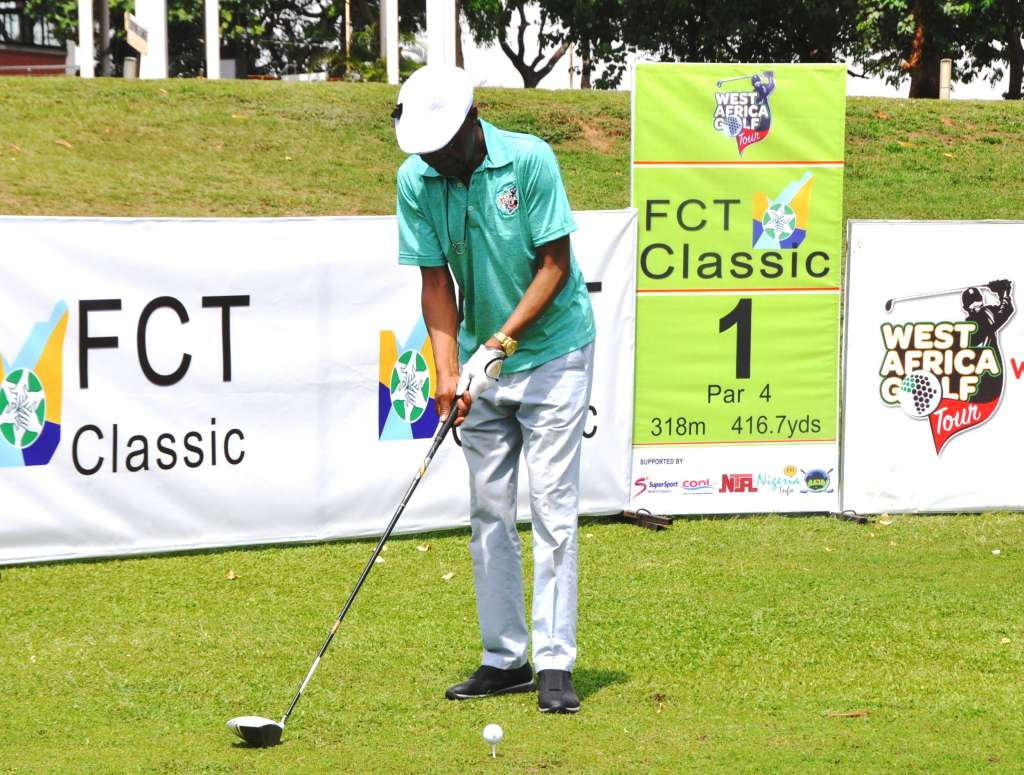 The Minister of Information and Culture, Alhaji Lai Mohammed, during the tee off of the 2018 West African Golf Tour at the IBB International Golf and Country Club, Abuja on Thursday.