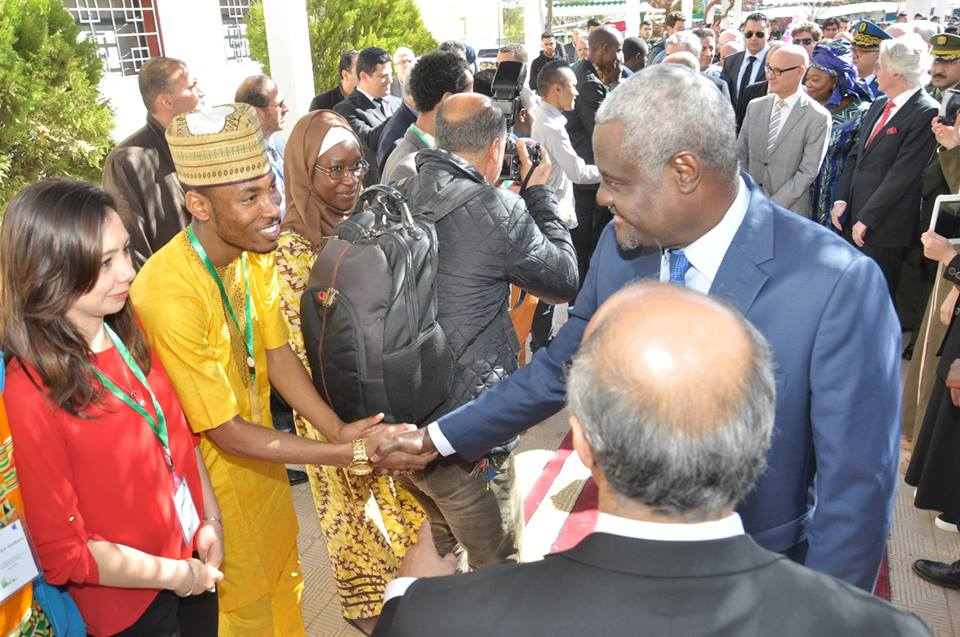 Current PAUWES students greet Moussa Faki Mahamat, Chairperson of the African Union Commission, during his official visit to the Institute on 11 March 2018