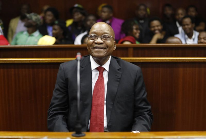 Ex-South Africa leader is defiant as corruption case starts