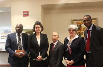 Ambassadors Don Yamamoto and Stephanie Sullivan with Journalists at the State Department