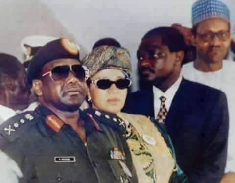 (Flash back photo) Late Head of State, Gen. Sani Abacha flanked by Wife, Maryam Abacha, President Buhari & others