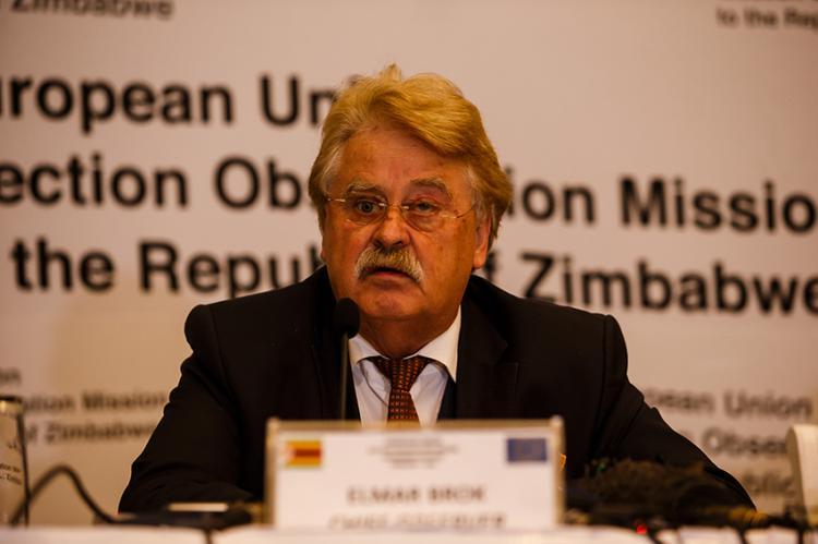 Chief Observer Elmar Brok