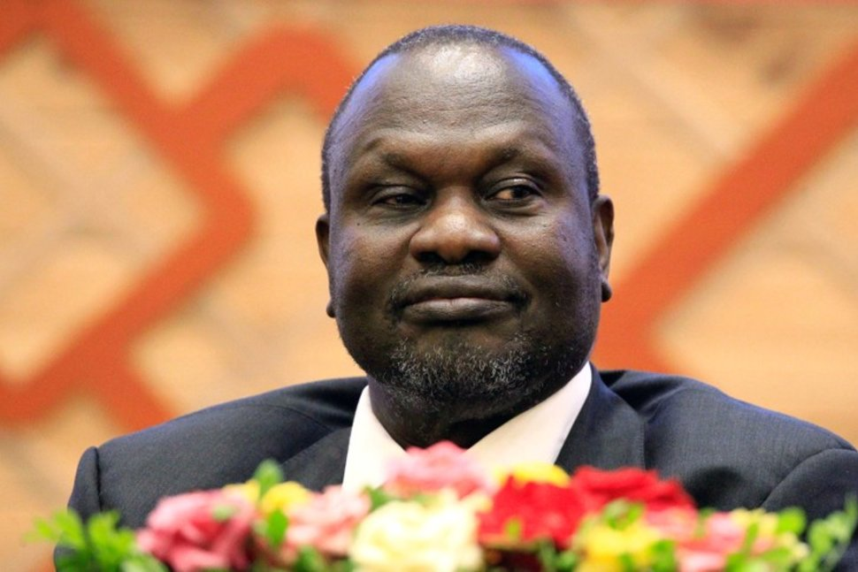 FILE PHOTO: South Sudan rebel leader Riek Machar Kiir attends the signing of a peace agreement with the South Sudan government aimed to end a war in which tens of thousands of people have been killed, in Khartoum, Sudan June 27, 2018. REUTERS/Mohamed Nureldin Abdallah/File PhotoREUTERS