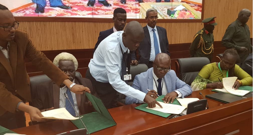Parties initialize deal on governance in Khartoum 25th July 2018 | photo | Alhadi Hawari The government and the main opposition group have initialed a peace deal in the Sudanese capital, Khartoum.