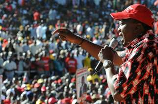 President Uhuru Kenya  speaks at a political rally