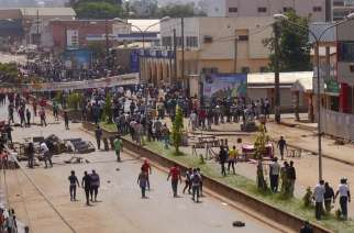 Civil protest in Bamenda (Crisis Group)