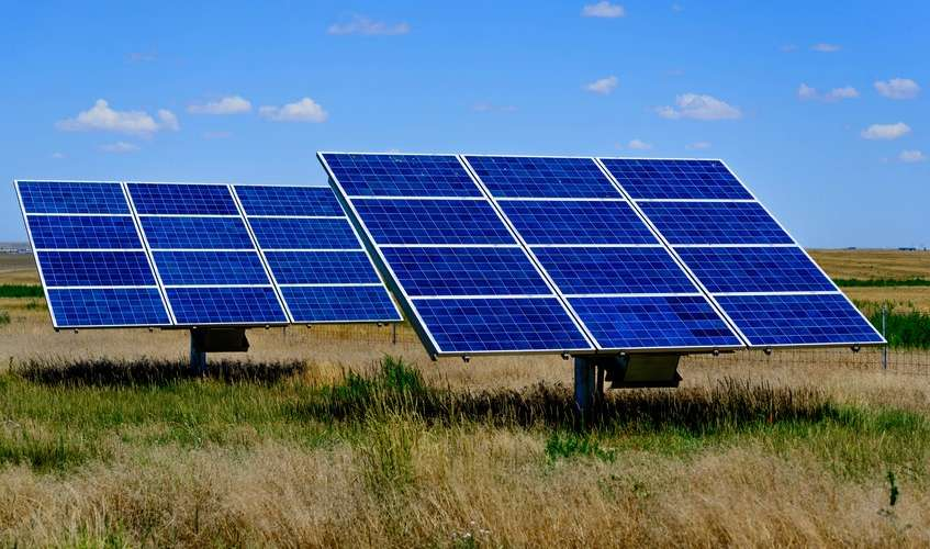 Cameroon: 350 localities to be electrified by solar energy