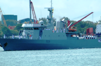 Kenyan navy arrives in Mozambique